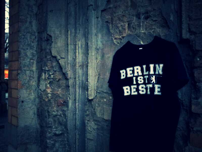 berlin ist beste t shirt moabit ist beste. Black Bedroom Furniture Sets. Home Design Ideas